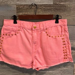 Forever 21 peach studded jean shorts 31/14